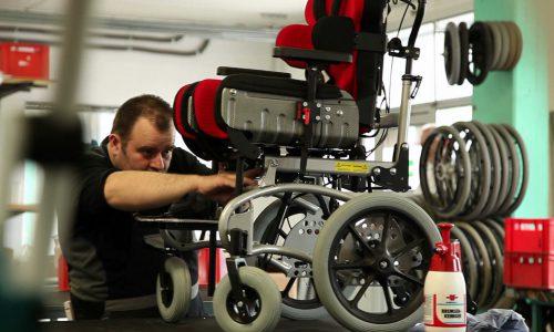 Bedrijfsfilm video rolstoel maken techniek